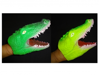 Rubber Gator Hand Puppets - 2 Assorted Colors