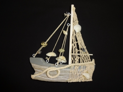 Wooden Fishing Boat with Shells 6 x 7""