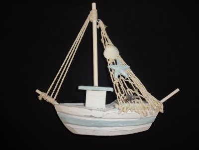 Wooden Fishing Boat 6 x 7""