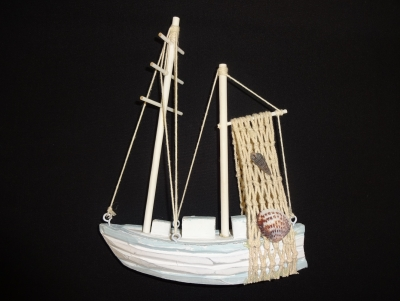 Wooden Fishing Boat 6.5 x 8""