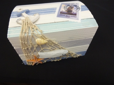 Wooden Trinket Box with Net and Sea Shells 5.5 x 3.5 x 3.75