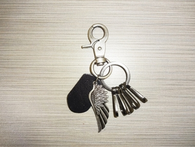 Metal & Leather Keychain - Eagle Wing