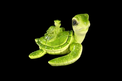 1590 - Resin Turtle Trinket Box