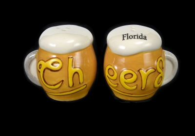 1621 - Ceramic Beer Mugs Salt & Pepper Shaker 2.5""