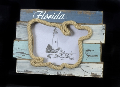 1638 - Wooden Photo Frame - Whale Design