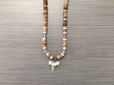 SN-8151    Shark Tooth Neckace w/ Tiger Nassa, White Clam & Brown Coco 8mm