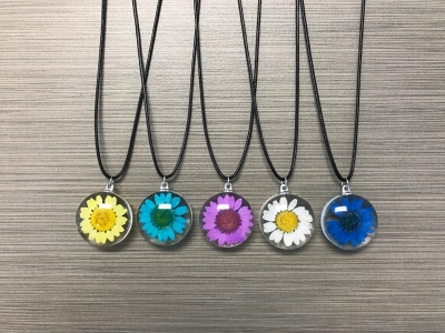 N-8585 Glass Pendant Necklace - Sunflower