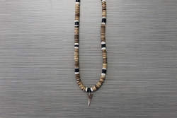 SN-8100    Shark Tooth Neckace w/ 8 mm Tan, Black & White Coco Beads